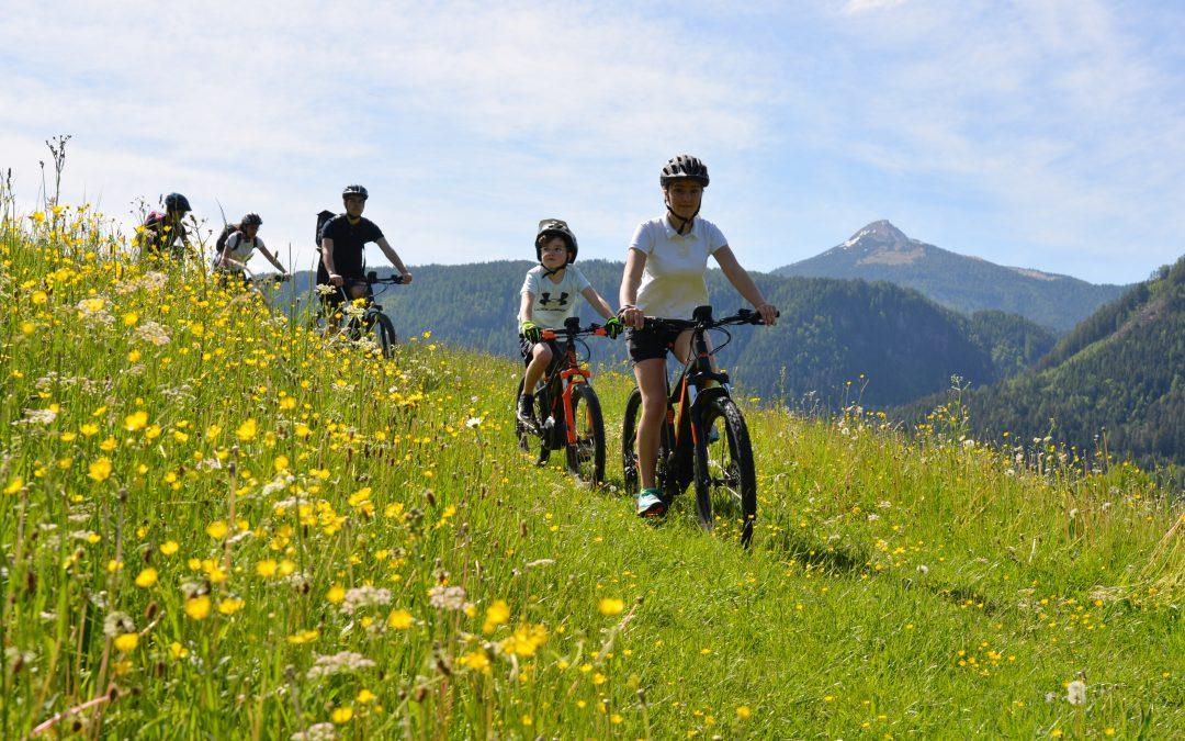 Estate in Val D'Ega, pedalando nel cuore delle Dolomiti